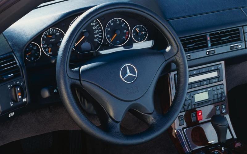 [Pilt: 24548-1989-2001-Mercedes-Benz-SL-R129-wi...en-05r.jpg]
