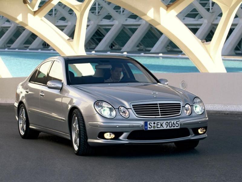 [Pilt: 72493-Mercedes-E-Class-032.jpg]