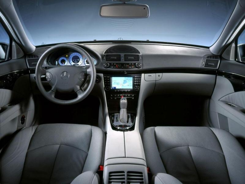 [Pilt: 72799-Mercedes-E-Class-050.jpg]